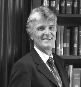 Simon Carrington